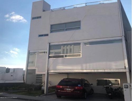 Imagen 1 de 14 de Espacio Y Vista En Casa Ubicada En Milenio Iii Jf