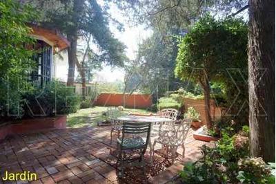 Casa Con 200 M2 De Jardín