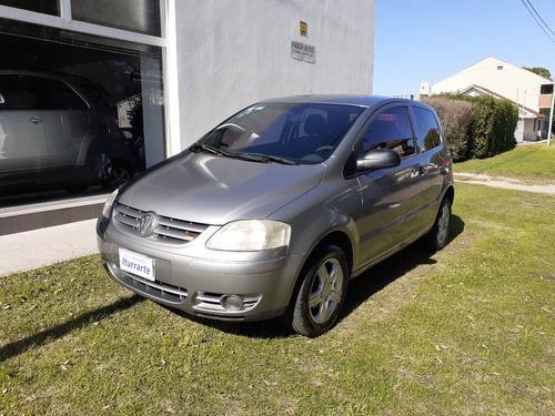 Volkswagen Fox 1.6n 3p 2004
