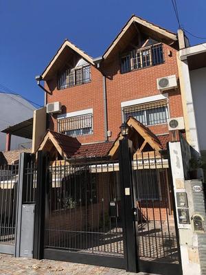 Venta Casa Triplex 5 Amb Pileta Jardin - Saavedra Nuñez