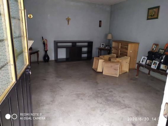 Casa En Renta Niños Héroes, San Sebastian Chimalpa