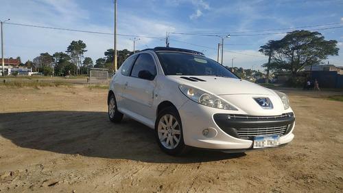 Peugeot 207 Compact Image