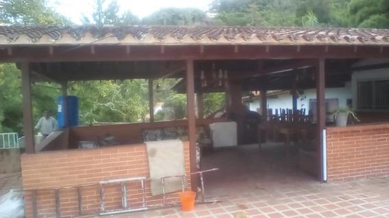 Alquiler De Habitacion En El Hatillo, Urb. Las Marìas