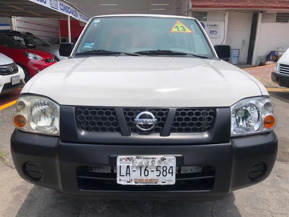 Nissan Np300 2.4 Doble Cabina Lujo Mt 2013