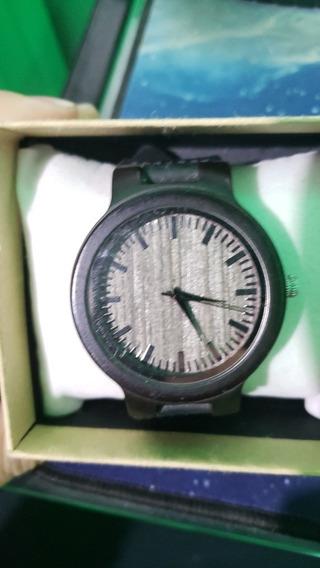 Relógio De Madeira Bambu Bobo Bird Original
