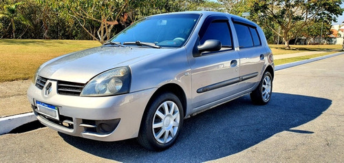 Imagem 1 de 11 de Renault Clio 2008 1.0 16v Authentique Hi-flex 5p