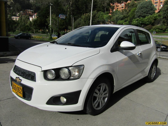Chevrolet Sonic Lt Mt 1600 Aa