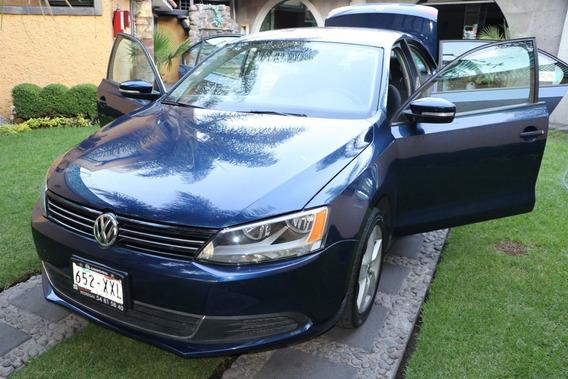 Volkswagen Jetta 2.5 Bicentenario Azul Estandar