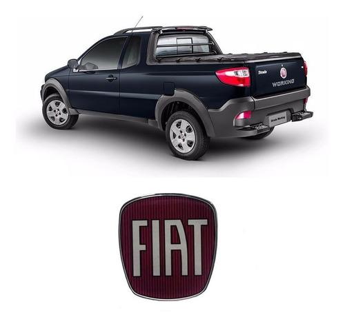 Imagem 1 de 3 de Emblema Da Maçaneta Tampa Traseira Fiat Strada Resinado