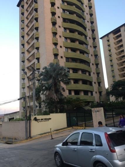 Apartamento En Altos De Mirador. Wc