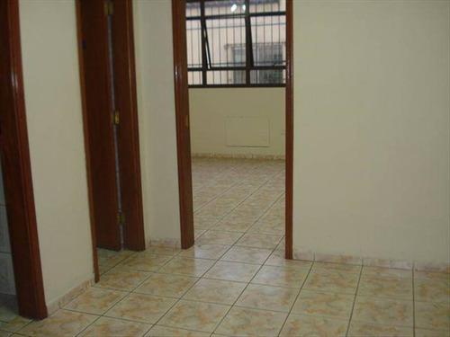 Imagem 1 de 9 de Comercial Com 18 M² - Centro - São Vicente - Ref.: Hm1230 - Hm1230