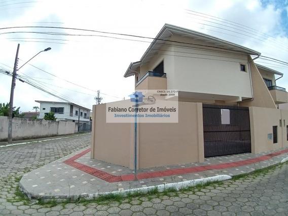 Sobrado Geminado A Venda No Bairro São João - Itajaí, Sc - Fc94747