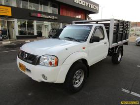 Nissan Frontier D22 3.0 4x4 Estacas