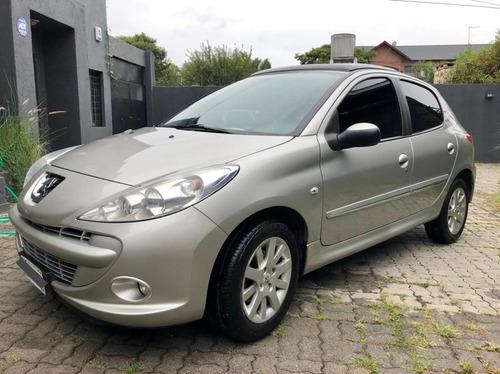 Peugeot 207 1.6 Feline 106cv 2011