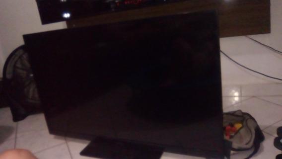 Tv Led Philips 47 Polegadas Com Display Danificado