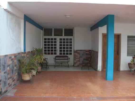 Mls # 19-5297 Casa En Venta Coro Centro