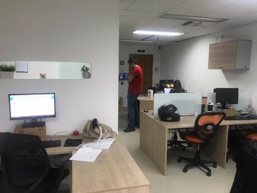 Oficinas En Arriendo Poblado 643-1080