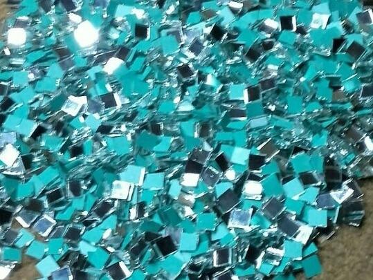 Espejitos Cuadrados 0,5 X 0,5 Cm X 2mm(3000und)p/artesanias.