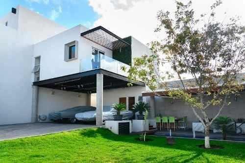 Casa En Venta - El Mirador - C1446