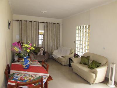 Ref 11455 - Casa Terrea 2 Dorm - 5 Vagas - Ac. Financiamento