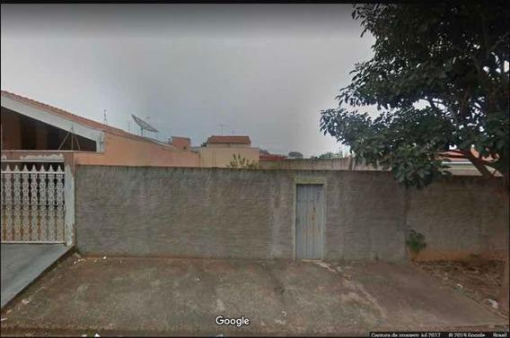 Vende-se Terreno De 300m² No Bairro São Joaquim