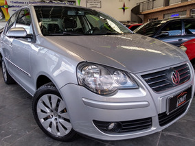 Volkswagen Polo Sedan Comfortline 1.6 8v (flex) Flex Manual