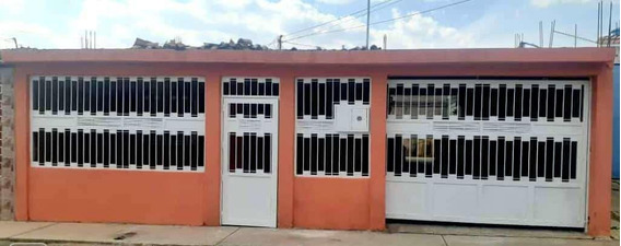 En Venta Casa Barquisimeto 20-16643
