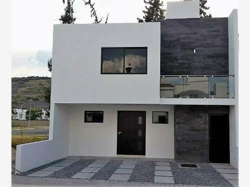 Casa Sola En Venta Frac. Sonterra