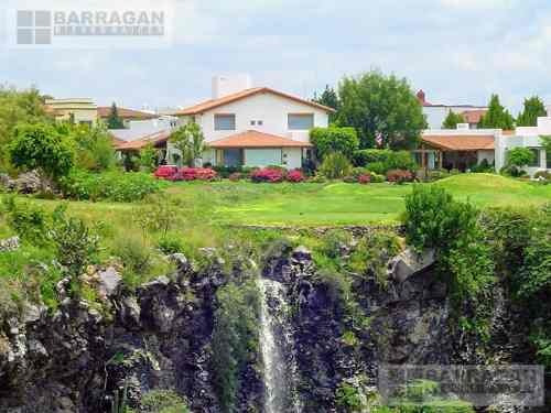 Casa En Venta Con Vista Espectacular A Campo De Golf, El Campanario, Querétaro