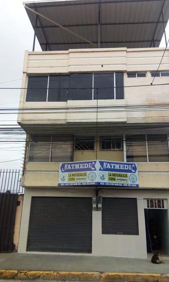 Propiedad Ubicada En La Calle Guayaquil Y Montecristi