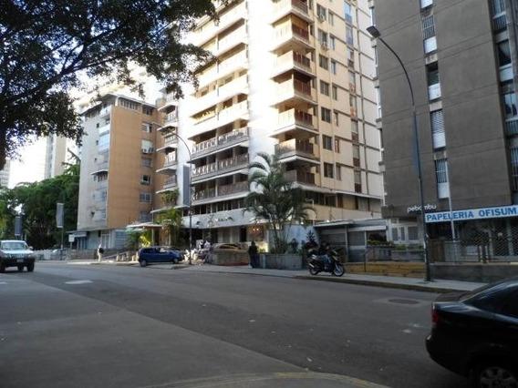 Apartamento En Venta - Los Palos Grandes - 20-6311