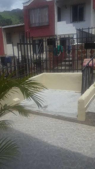 Venta Casa Copacabana Barrio Horizonte Primer Piso