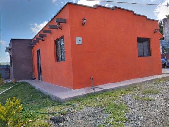 Hermosa Casa Tipo Villa En Venta De Oportunidad..