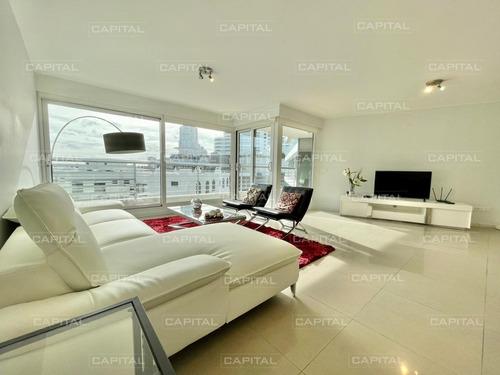 Apartamento De Tres Dormitorios En Venta Playa Mansa - Alexander Collection- Ref: 30448
