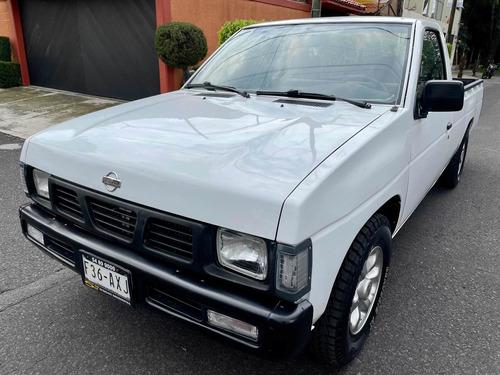 Imagen 1 de 13 de Nissan Np300 Largo Tm5 Mt 1999