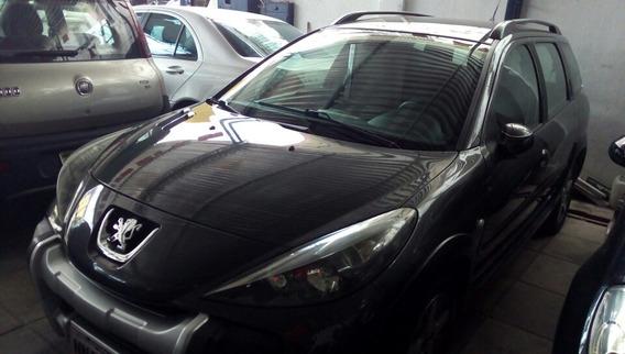 Peugeot 207 Sw 1.4 Xr Flex 5p 2011