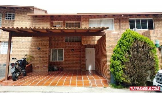 Townhouses En Venta Loma Linda Mls #20-512