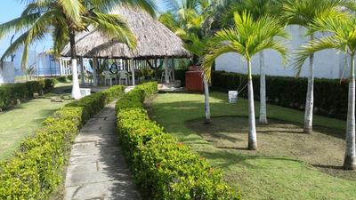 Cabaña En Coveñas Frente A La Playa Alquiler