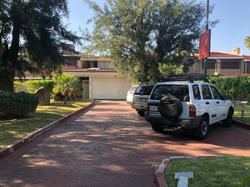 Casa En Venta En Chapalita Zapopan Jal. 4 Recs.
