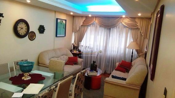 Apartamento Em Centro Com 3 Dormitórios - Li261197