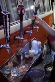 Kombi Vintage 83 Beer Truck Volkswagen