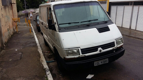 Renault Trafic 2.2 Chassi Curto
