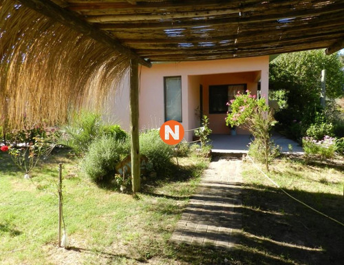 Casa En Venta, La Juanita, Jose Ignacio, 3 Dormitorios.- Ref: 208947