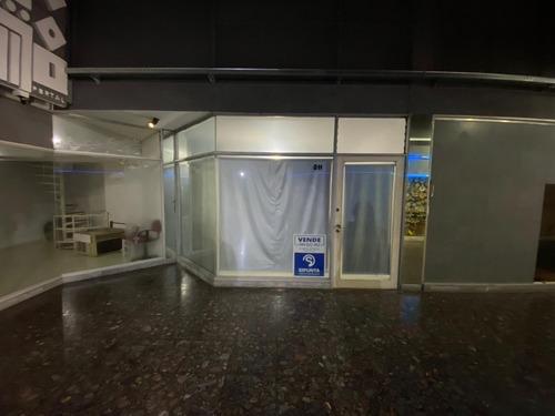 Local Comercial En Venta, Galería Sobre Av. Gorlero- Ref: 5175