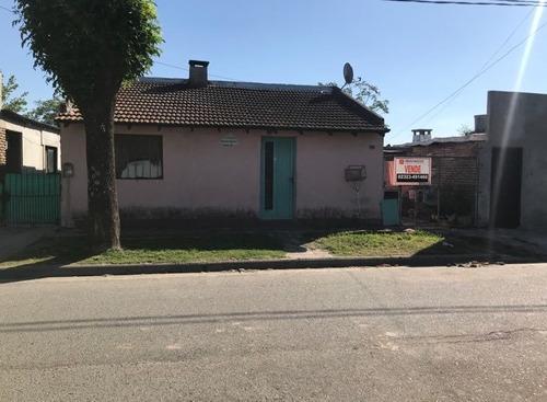 Imagen 1 de 3 de Casa En Venta En Capilla Del Señor 3  Ambientes
