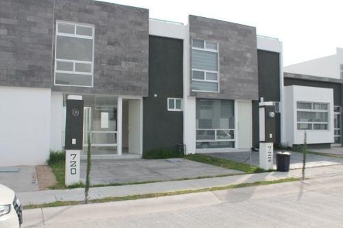 Casa En Renta Bosque Sereno, Nueva.