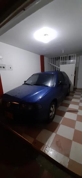 Volkswagen Gol Coupe 2001