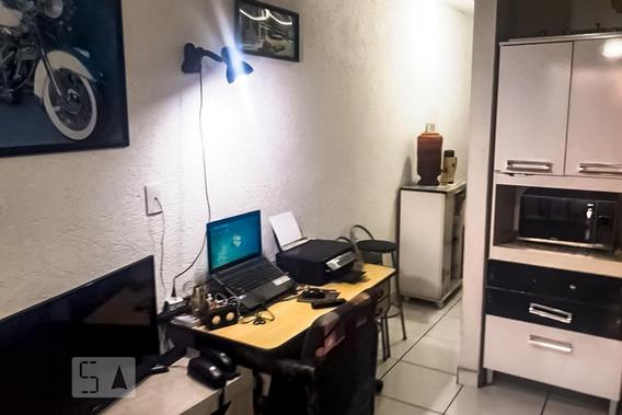 Apartamento Para Aluguel - Centro, 1 Quarto, 25 - 893078267