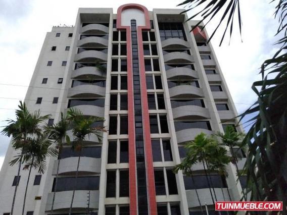 Apartamento En Venta Urb. El Bosque 19-18260df 04127553801