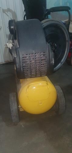 Vendo Compresor De Ar 110v Semi Novo 2 Hp 25 Litros.